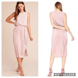 BB Dakota Mauve Rose Pleated Midi Dress NWT
